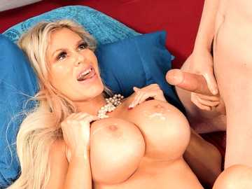 Lucky young guy gives curvaceous stepmom Casca Akashova a doggystyle session